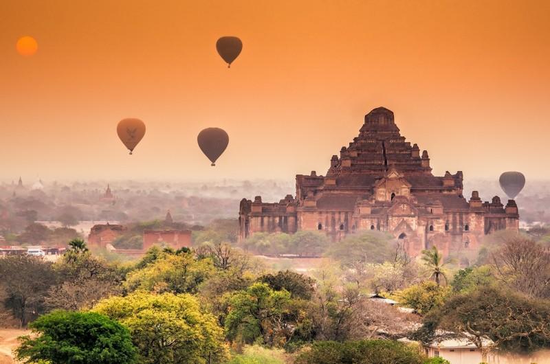 bagan, myanmar, birmanie, voyage, voyage myanmar, asiatica travel, temple, ballon, coucher soleil, paysage