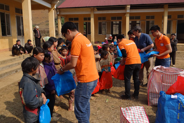 Village de Phieng Pan : Bonheur Partagé