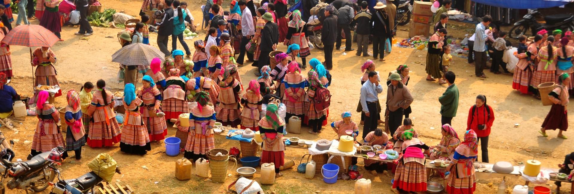 Liste des 16 marchés ethniques au Nord du Vietnam
