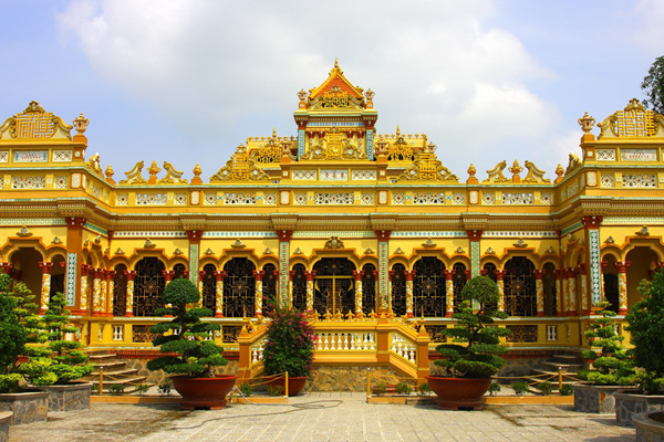 10 sites religieux au Vietnam