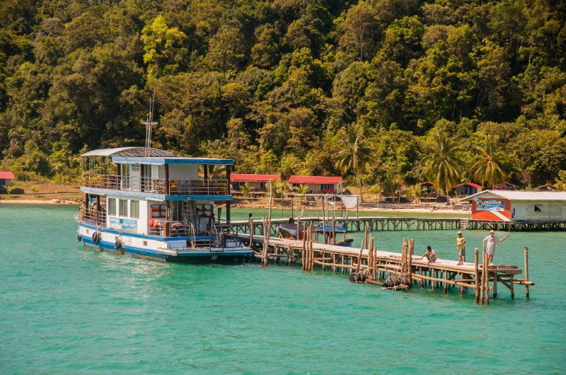 koh rong samloem, cambodge, plage, voyage, asiatica travel, bateau, transport
